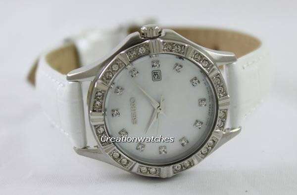 Seiko Quartz Swarovski Crystal SXDF11P2 Women's Watch - Click Image to Close